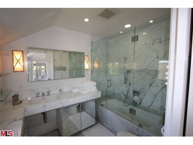 LUXURY LEASE: 1322 Londonberry Place, West Hollywood