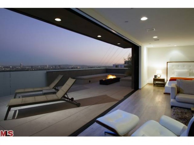 LUXURY LEASE: 1401 Queens Way, West Hollywood