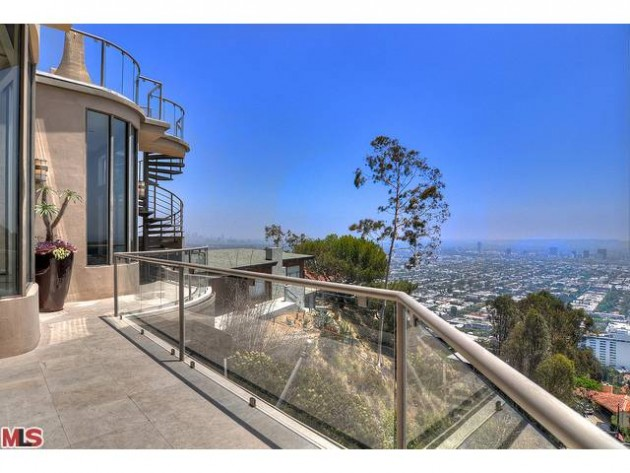 LUXURY LEASE: 8570 Hillside Ave, West Hollywood