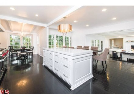 LUXURY LEASE: 693 Elkins Road, Brentwood