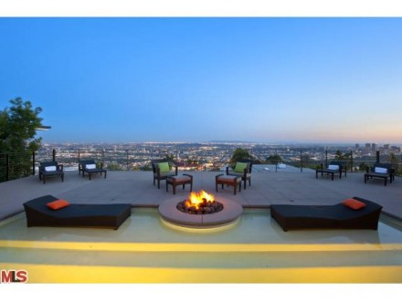 LUXURY LEASE: 9016 Hopen Place, West Hollywood