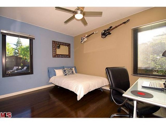1ST TIME HOME BUYER SPECIAL: 2108 N. Pepper St, Burbank
