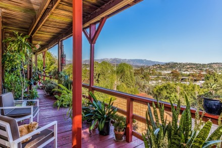 SOLD! | 2500-2502 LAKE VIEW AVE, SILVER LAKE HILLS | $1,250,000 | TRG Sales